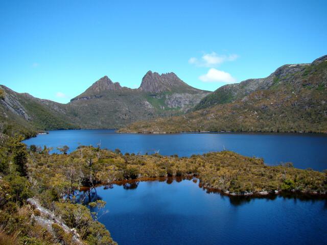 Cradle Mountain Behind Dove Lake image