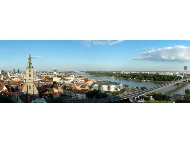Bratislava Panorama 01 crop image