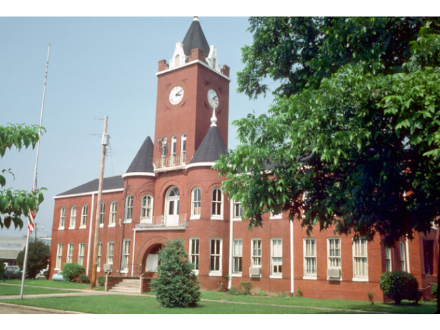 Coffee County Courthouse image