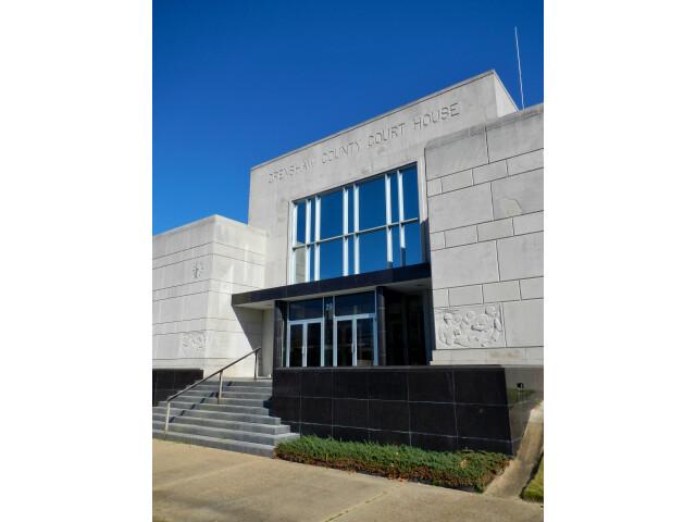 Crenshaw County Alabama Courthouse image
