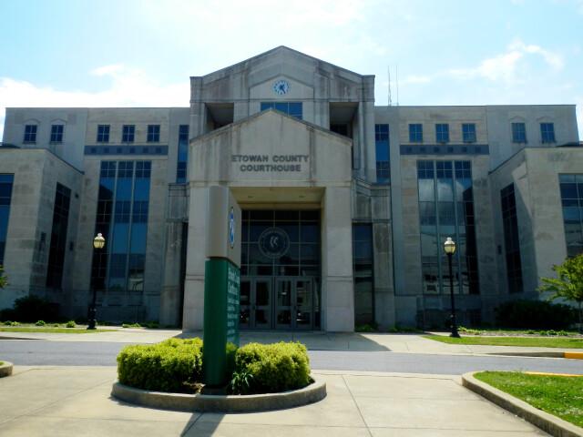 Etowah County  Alabama Courthouse image