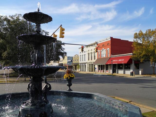 MacMonnie%27s Fountain Eufaula Alabama image