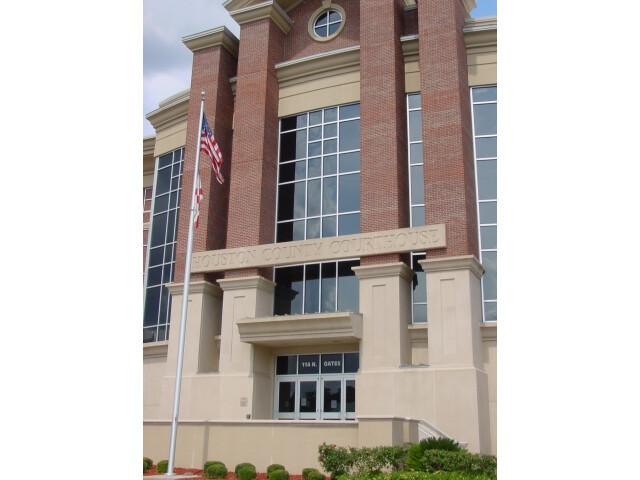Houston County Courthouse image