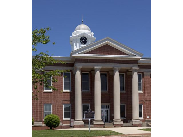 Jackson County Courthouse  Scottsboro  Alabama image