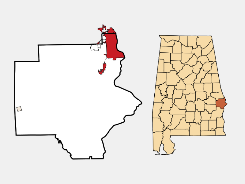 Phenix City locator map