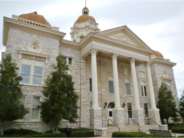 Shelby County  Alabama Courthouse image
