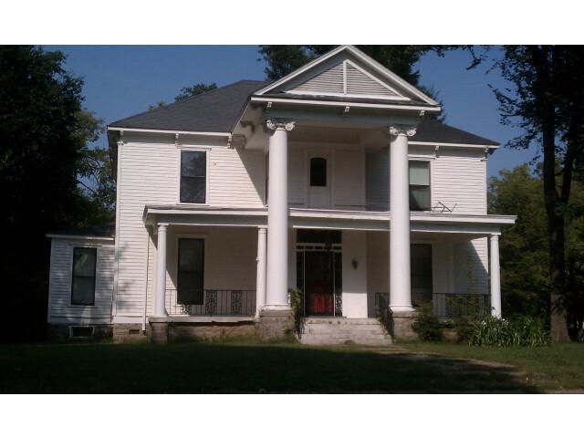 Sheeks House image