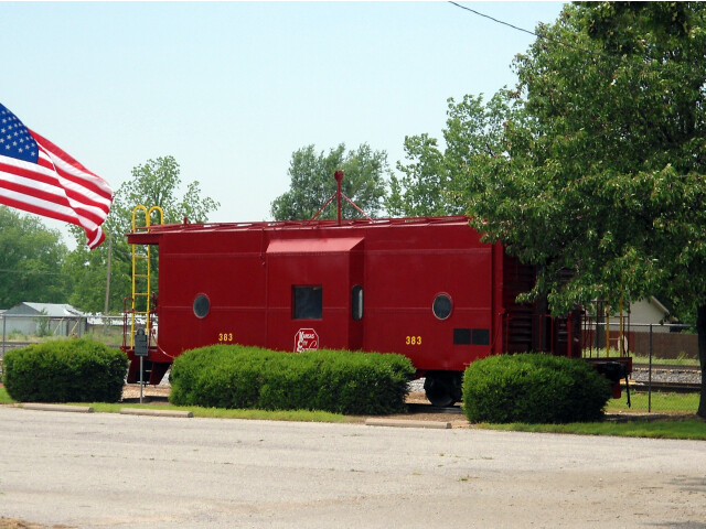 Kansas City Southern caboose in Gravette  AR image