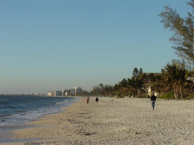 Bonita Beach image