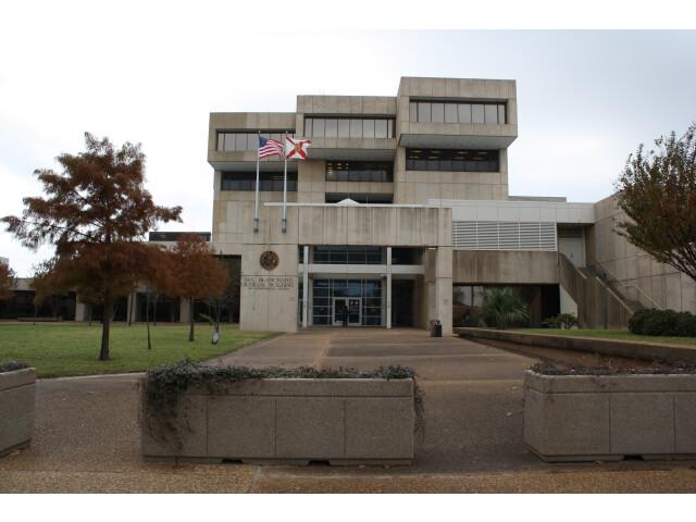 Pensacola  FL  Courthouse  Escambia County  12-16-2010 '2' image