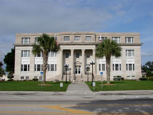 Highlands Courthouse image