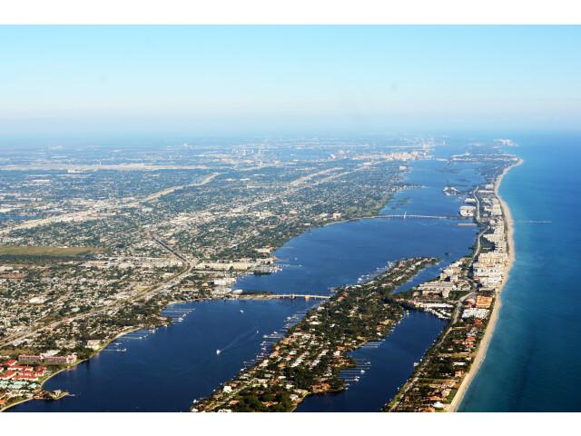 Lantana and South Palm Beach photo D Ramey Logan image