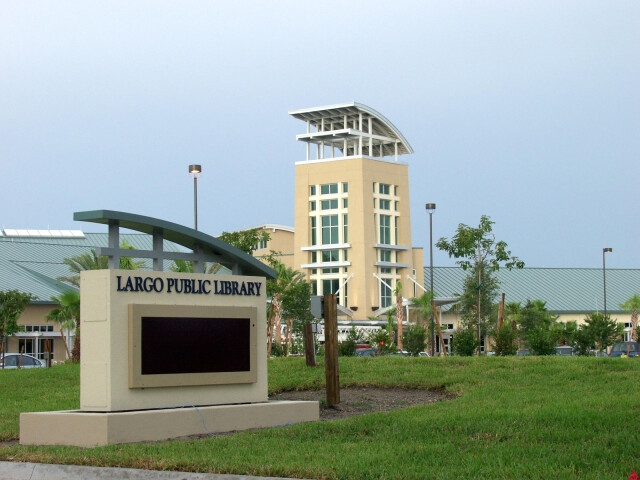 Largo Library 2005 image