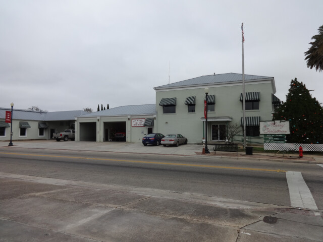 Perry City Hall image