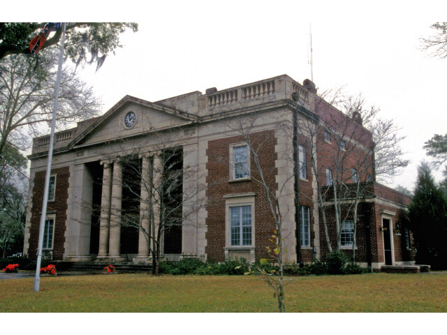 CHARLTON COUNTY COURTHOUSE image