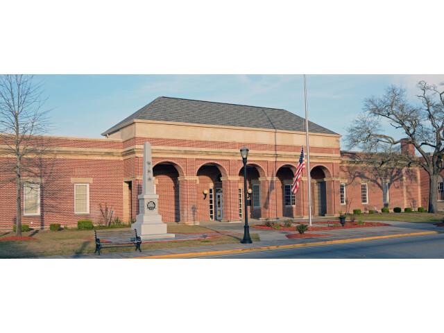 Emanuel County Courthouse  Swainsboro  GA  US image