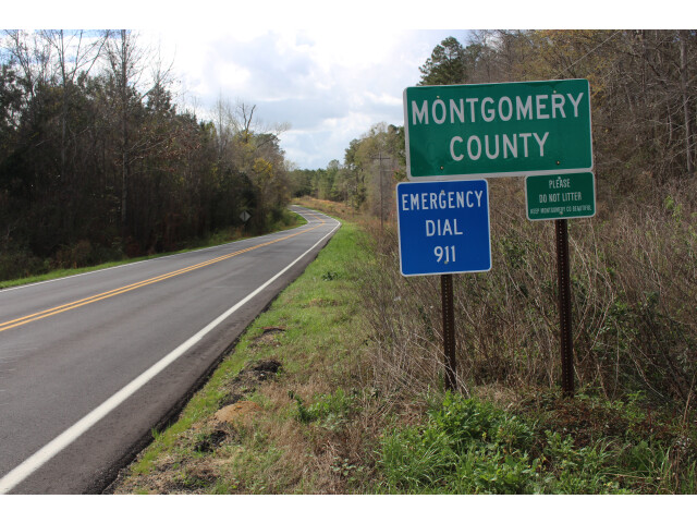 Montgomery County border  S Old River Rd EB 01 place name sign