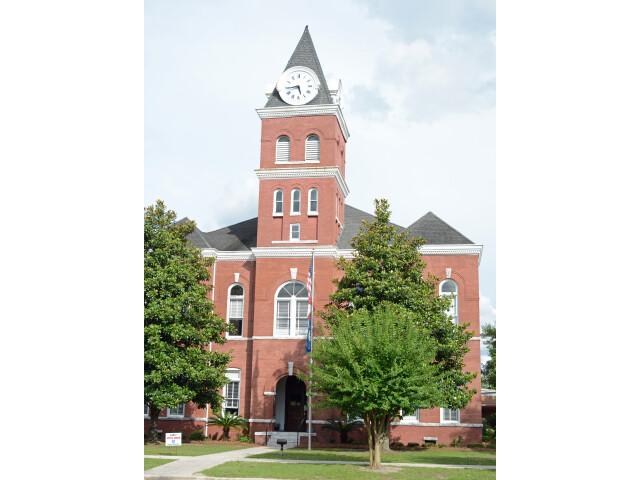 Wayne County Courthouse  Jesup  GA  USA image