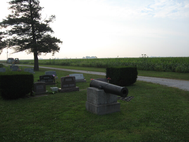 Civil war memorial at Arcola Township Cemetery  August 2009 - panoramio image