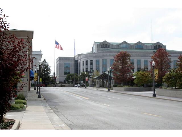 Downtown Edwardsville Illinois image