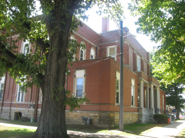 Jasper County Courthouse in Newton image