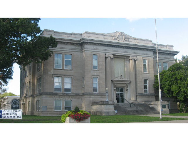 Marion County Courthouse in Salem image