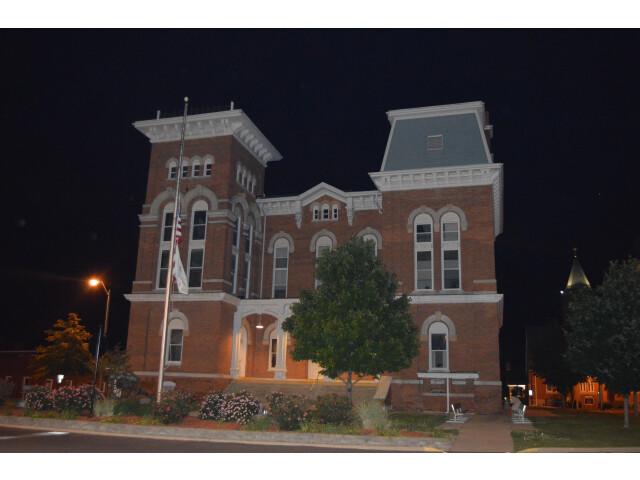 Montgomery County Courthouse  Hillsboro image