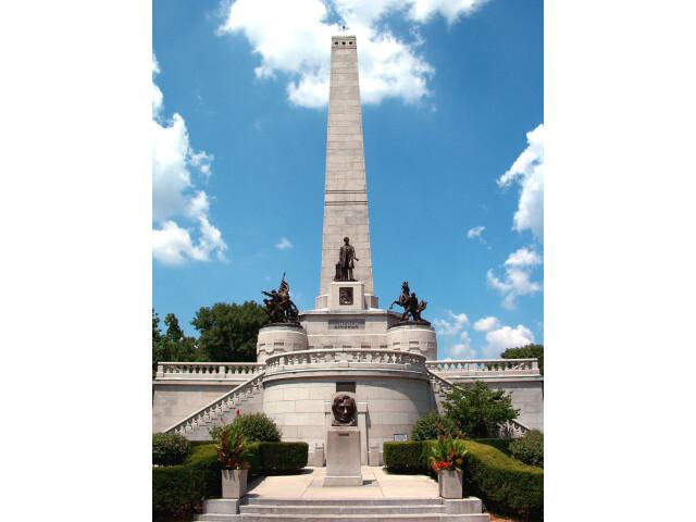 Abraham Lincoln Tomb Springfield Illiois image