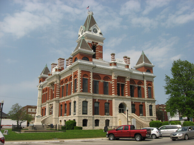 Gibson County Courthouse in Princeton image