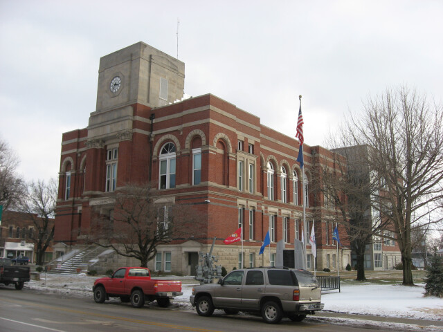 Greene County Courthouse in Bloomfield front and western side distant image