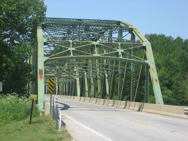 Montezuma bridge over the Wabash image