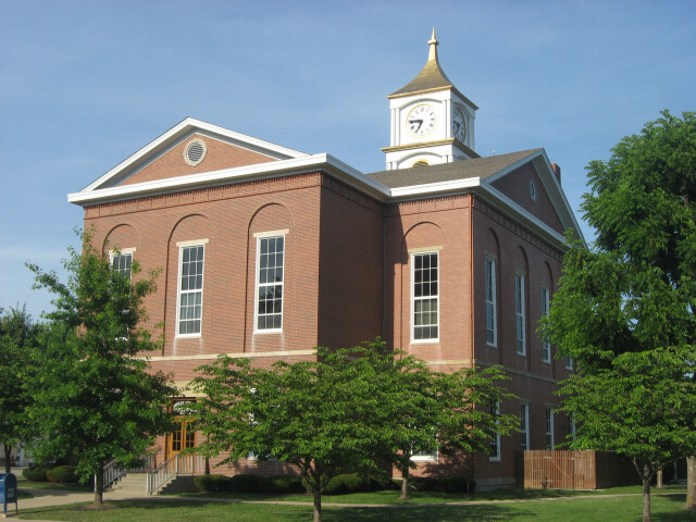 Ripley County Courthouse in Versailles image