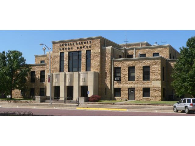 Jewell County  Kansas courthouse E side 1 image