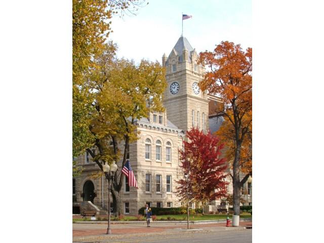 Riley 'Kansas' County Courthouse 1 image