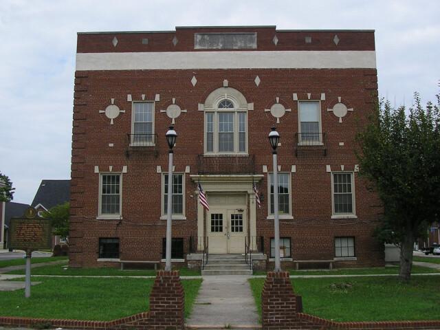 Cumberland County Kentucky courthouse image
