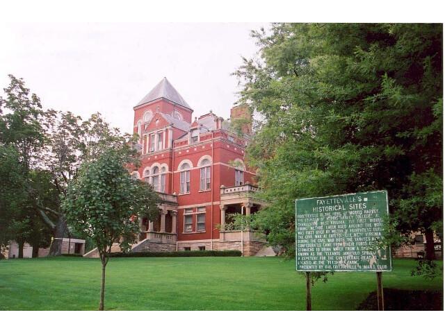 FayetteCtyCourthouse FayettevilleWV image