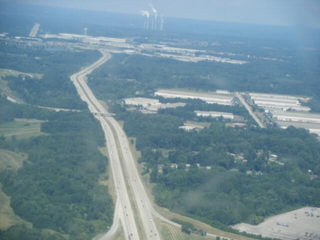 I-275 WB near Cincinnati-Northern Kentucky International Airport from airplane image