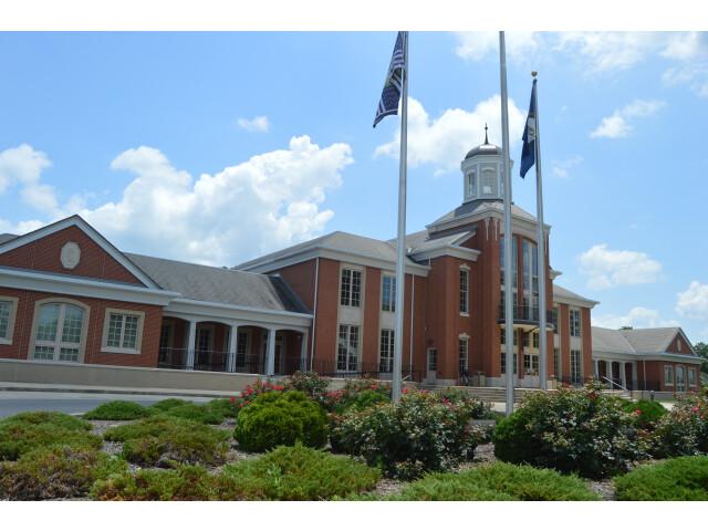Livingston County Courthouse  Smithland image