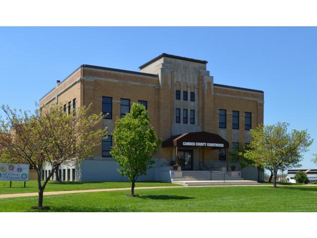 Camden County MO Courthouse 20160423 1916 2 image