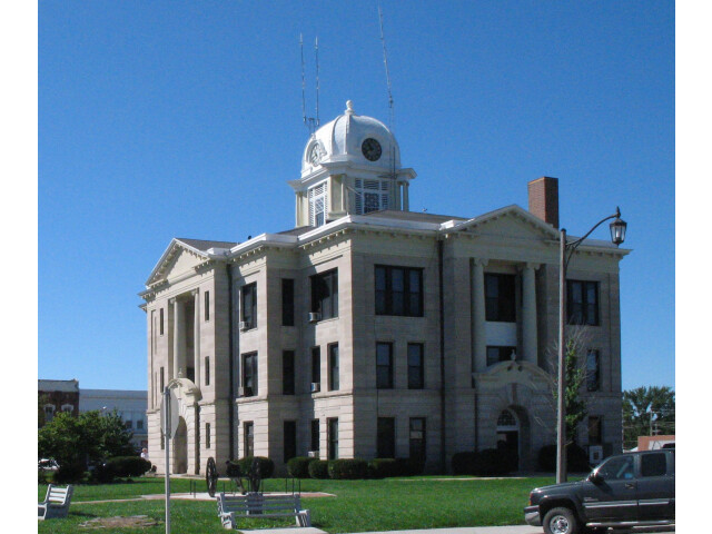 Daviess-courthouse cropped image