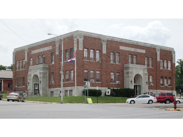Douglas County Court House - Ava  MO image