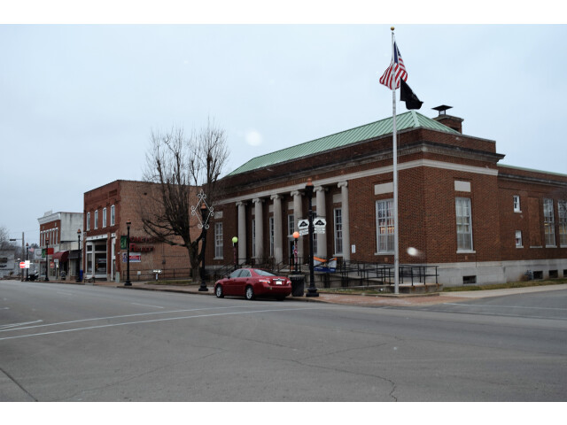 Post office  Farmington  MO image