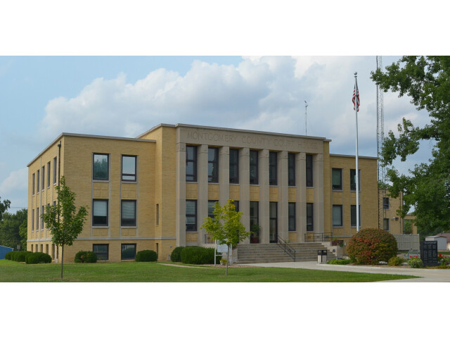 Montgomery-County MO Courthouse 20150830 145 image