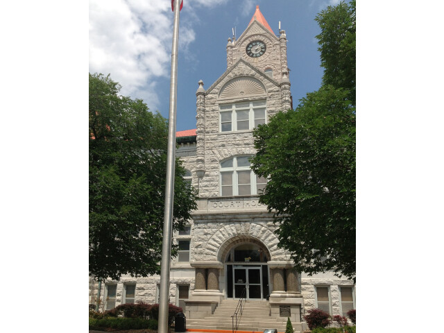 VernonCountyCourthouse front image