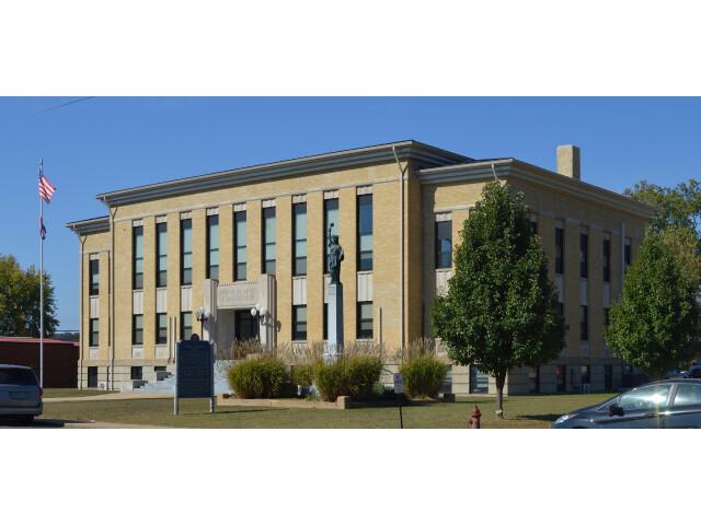 Wayne County MO Courthouse 20151021-005 image