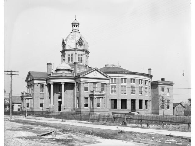 Gulfport Mississippi Courthouse image