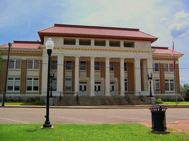 Pontotoc County Courthouse image
