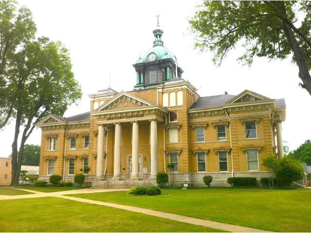 Union County Mississippi Courthouse image