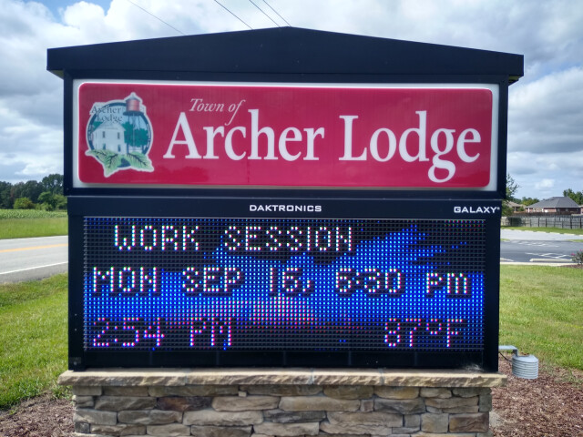Archer Lodge town sign image