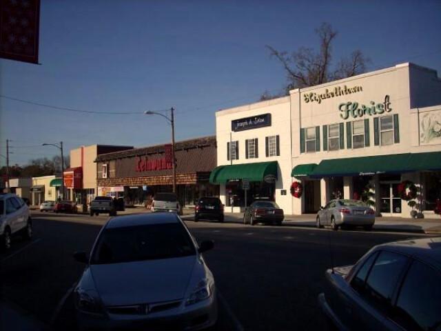 Broad Street in Elizabethtown image